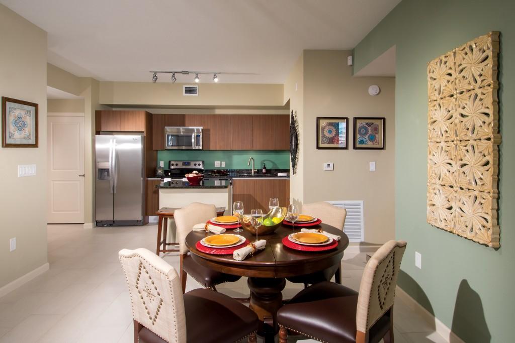 Kitchen J-Peg