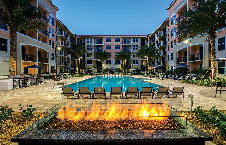 Paraiso At Fountain Square Apartments Miami Fl