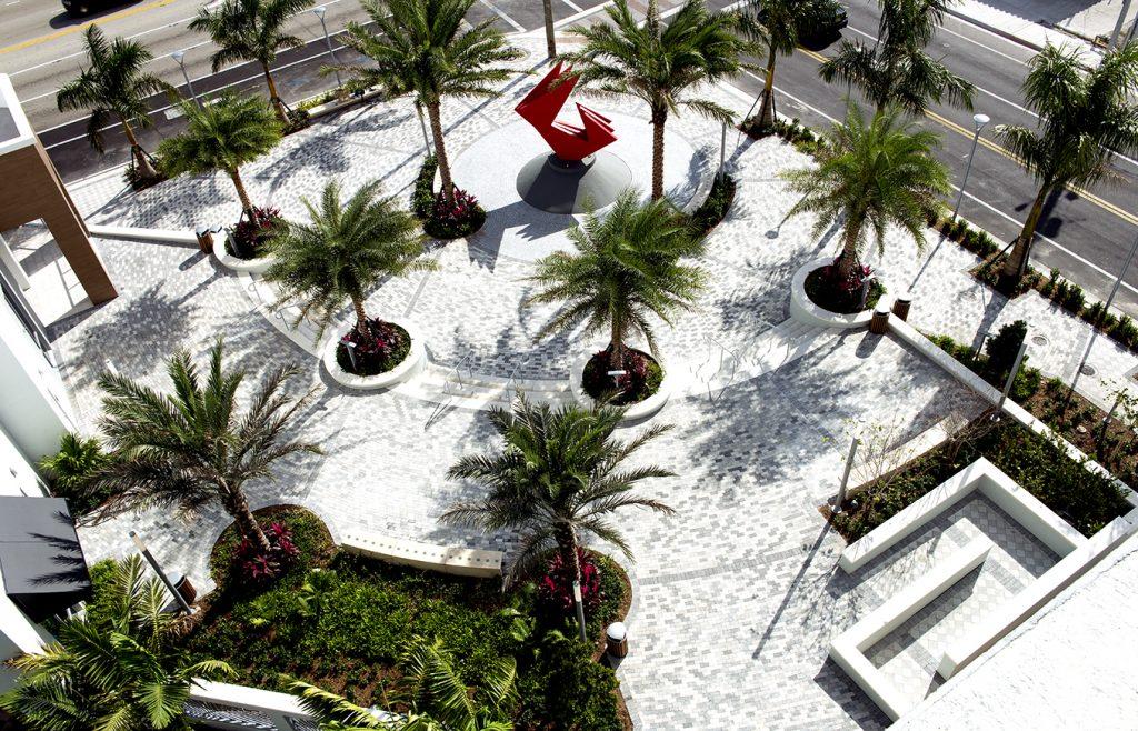 Plaza Web